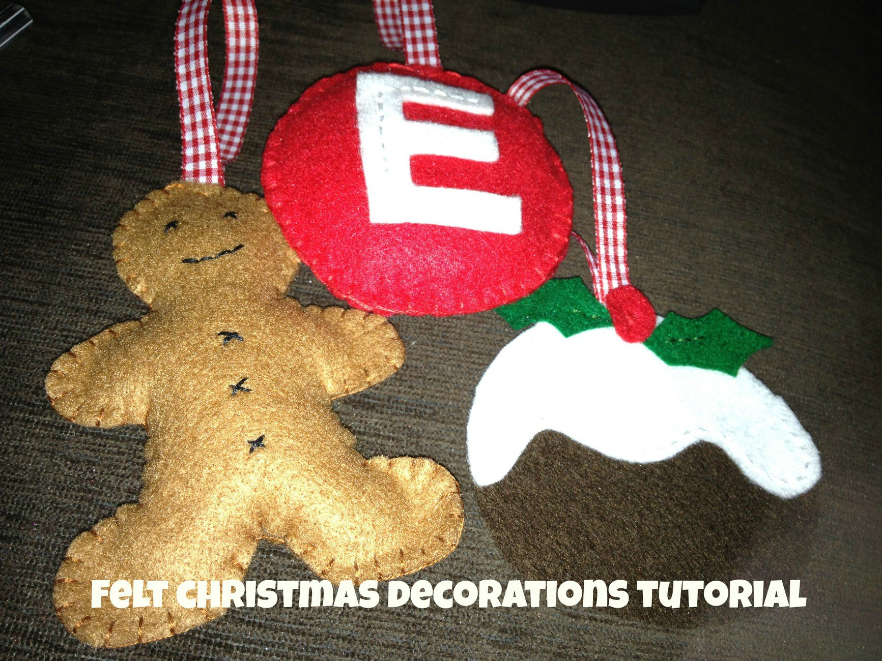 How to make felt christmas ornaments we made this life - How to make felt christmas decorations ...