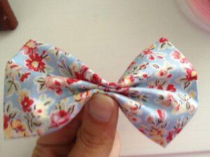 Fabric bow tutorial