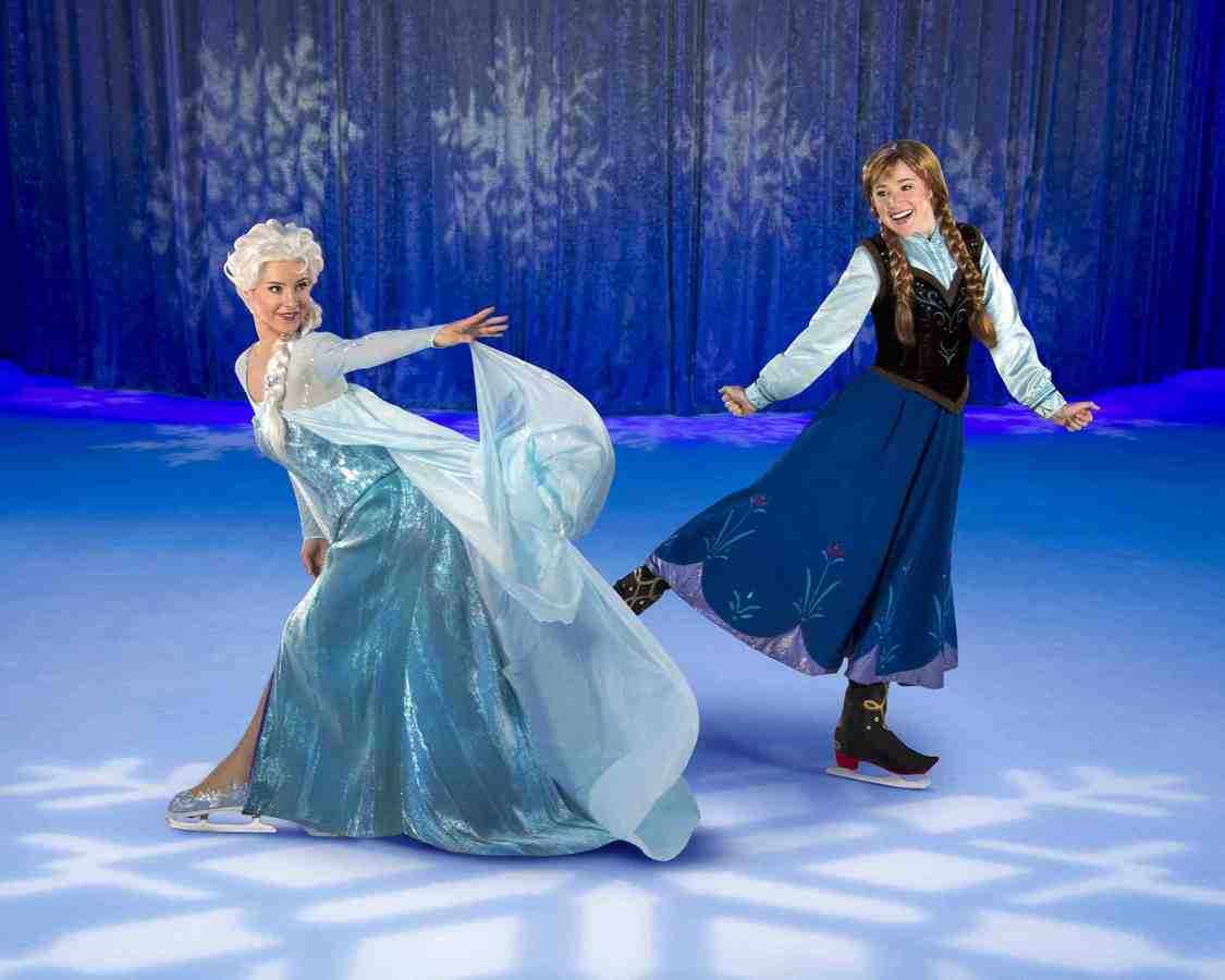 Anna and Elsa small
