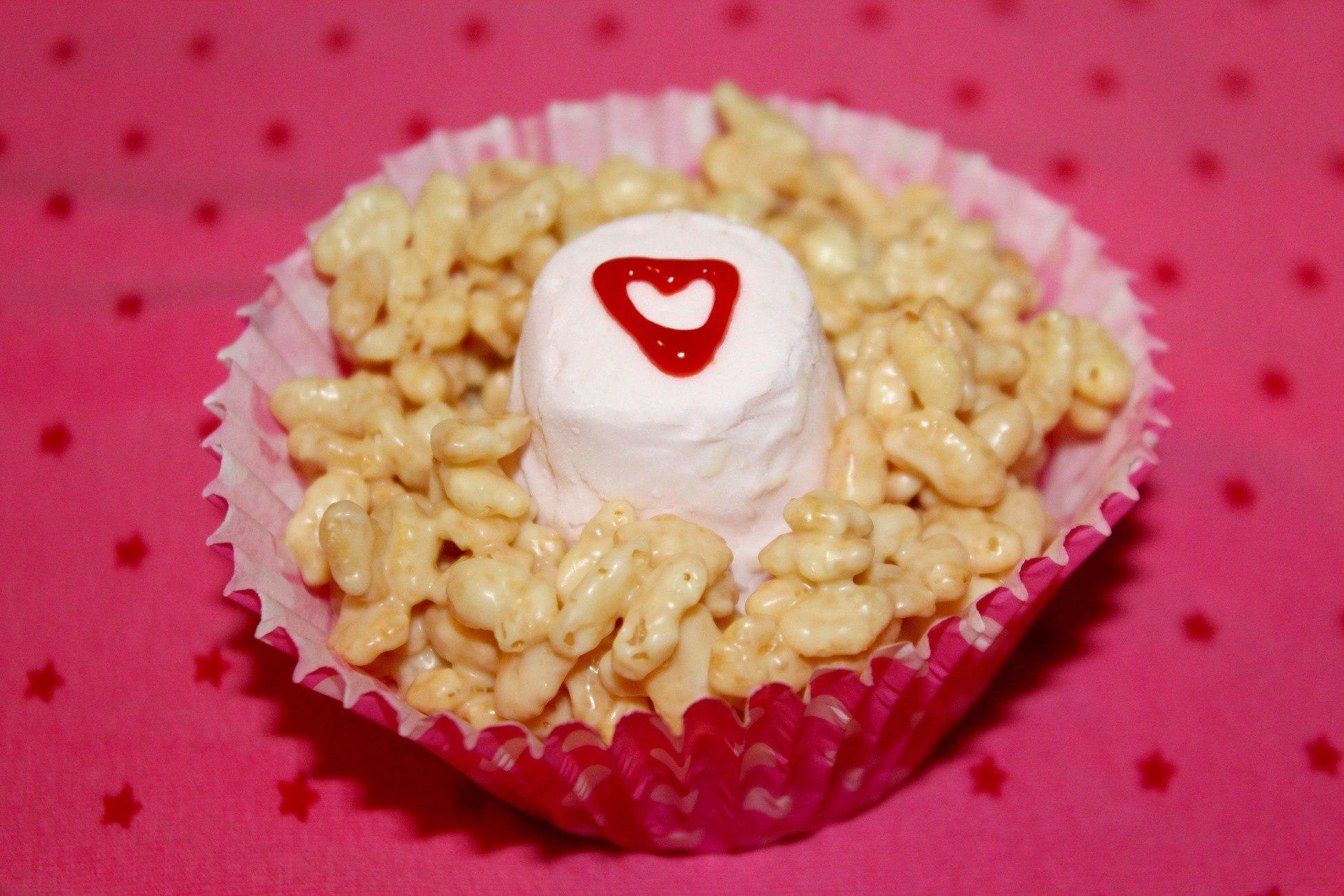 Valentines Day Crispie Cakes